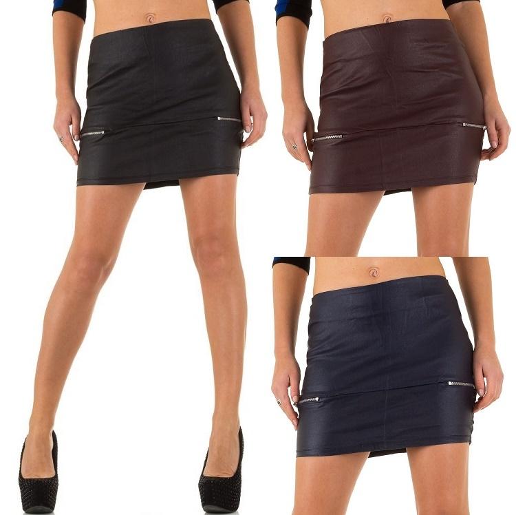 63dd81e5751c45 Skinny korte rok lederlook zwart of wijn-rood - Rokken - Mini-jurken.nl